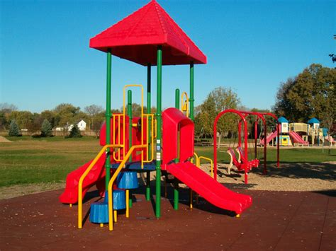 recent playground installations 190 | River%20Valley%20Preschool,%20Washta,%20with%20Sof'Tile