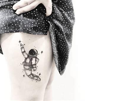 illustrative tattoos design  subtlety  sollefe