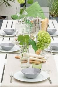 Tisch Für 10 Personen : gartenparty im sommer mit neuen gartenm beln und tischdeko ~ Frokenaadalensverden.com Haus und Dekorationen
