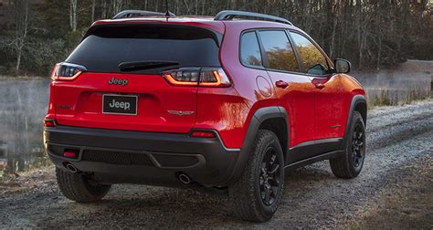 2019 Jeep Cherokee Updates Appearance, Adds Turbo Engine