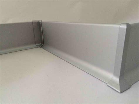 nez de marche pour carrelage exterieur 13 finition pour plinthe aluminium de 60 mm www