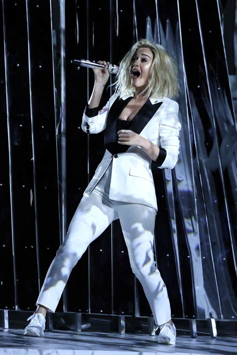 Katy Perry Wore Sneakers From Her New Shoe Line at the ...