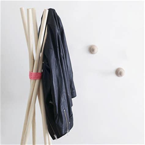 creer un porte manteau cr 233 er un porte manteau design avec trois fois rien id 233 e cr 233 ativeid 233 e cr 233 ative