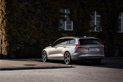 new 2019 volvo v60 2019 volvo v60 review release date features design