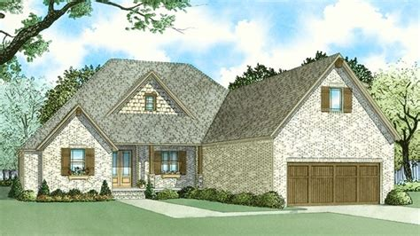 Traditional Style House Plan 4 Beds 3 5 Baths 2500 Sq/Ft