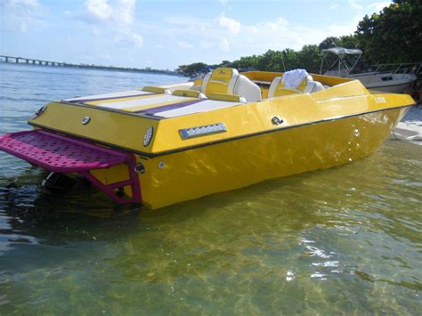 Jaws Powerboat by Jaws Jaws 24 1982 For Sale For 7 000 Boats From Usa
