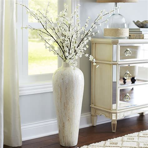 Large Floor Vases by Best 25 Large Floor Vases Ideas On Floor Vase