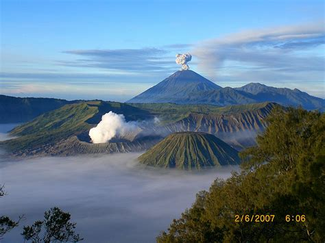 gunung bromo pasuruan tempat wisata foto gambar wallpaper