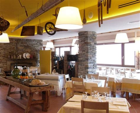 Rusticmodern Dining Venue In The High Apennines