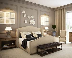 Wall decor for master bedroom : Paris grey accent wall