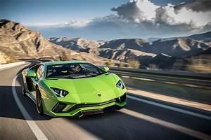 Lamborghini Aventador 2018 : 2018 lamborghini aventador s front three quarter in motion 26 motor trend ~ Medecine-chirurgie-esthetiques.com Avis de Voitures
