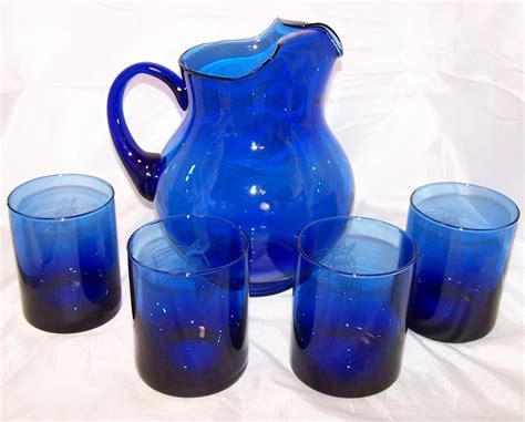 Horse Design Cobalt Blue Pitcher and Glasses Glass