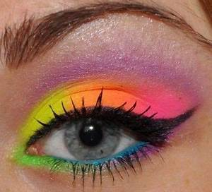Fluo on Makeup Geek WOW I Love the bright colors