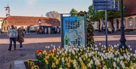 Piektdienas vakara pastaiga - Kurzemes tūrisma asociācija