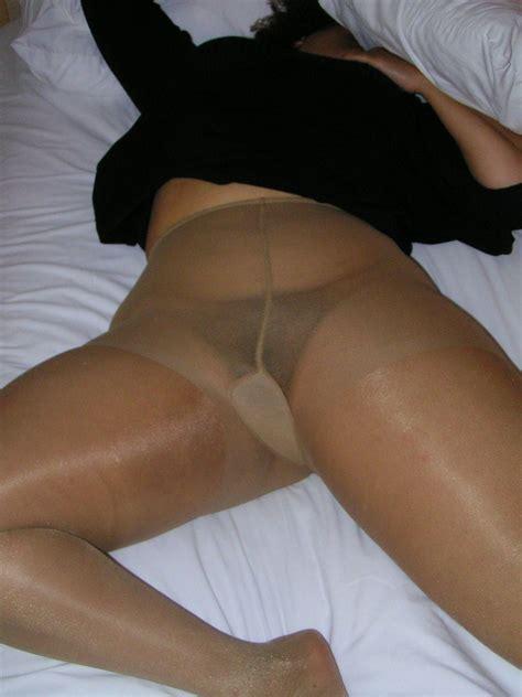 Mature Plumper In Pantyhose Free Porn