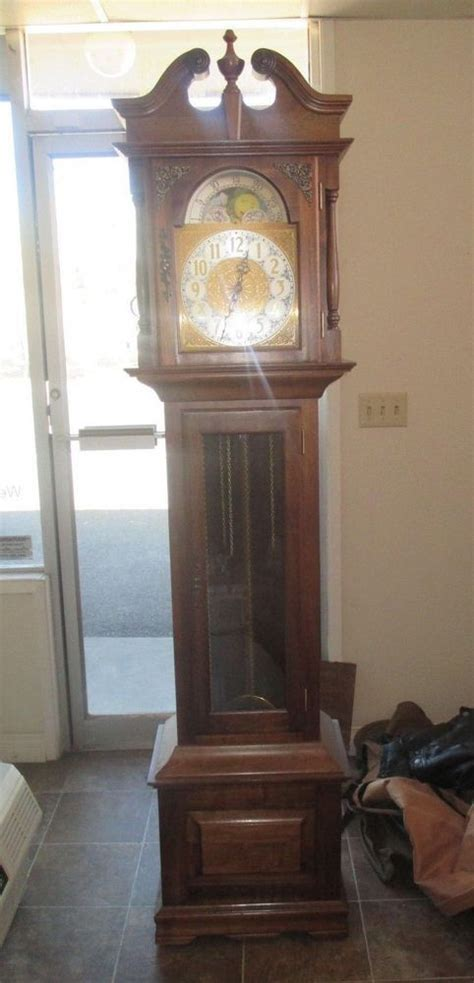Emperor Grandfather Clock Kit   WoodWorking Projects & Plans