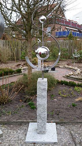 Kunstobjekte Für Den Garten by Galerie Individuelle Garten Kunst Garten Kunst Objekte