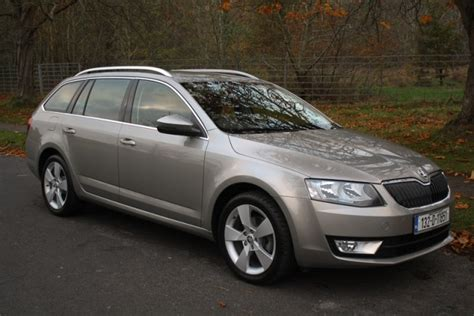 skoda octavia combi 4x4 reviews complete car