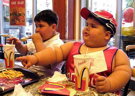 Super Bungee Chair Walmart by 10 Worst Effects Of Fast Food Wonderslist