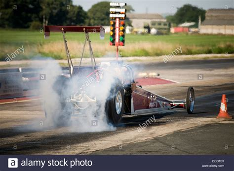 Chauffage Cing Car Dragster Burnout Photos Dragster Burnout Images Alamy