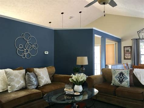 sherwin williams distance accent wall living room