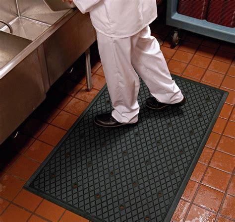 restaurant floor mats kitchen kitchen floor mats for use floor mat systems 4777