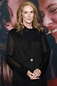 Julie Hagerty Gushes About Late 'Airplane!' Costar Leslie ...