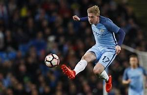 Kevin De Bruyne injury news: Sustains minor injury during ...