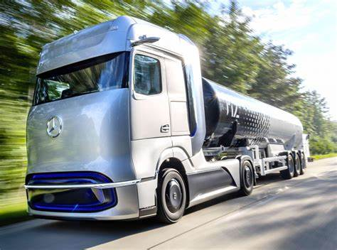 Check spelling or type a new query. Mercedes-Benz unveils hydrogen-powered Actros test truck ...