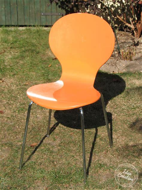relooker une chaise en bois relooker des chaises en bois idée créativeidée créative
