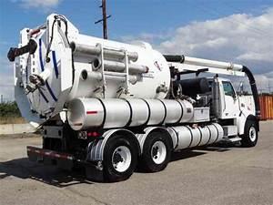 Sterling Vactor 2100  2005    Heavy Duty Trucks