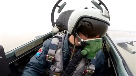 Chinese Fighter Pilot Warns Foreign Aircraft