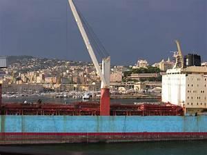 port de gnes italie 28 images le trafic du port de g With tapis chambre bébé avec parfum ambiance fleur d oranger