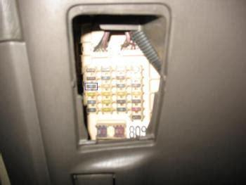 2002 Lexu Es300 Fuse Box by Can T Find The Fuse Box 99 03 Lexus Rx300 Lexus