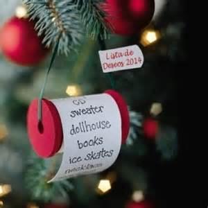 adorno navideño con buenos deseos