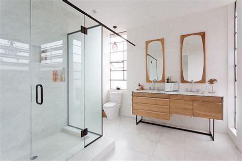 Beautiful Pink Teenage Bathroom Design By Aquaplus