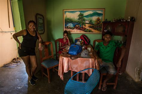 Hungry Venezuelans Flee in Boats to Escape Economic