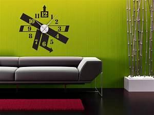 Designer Uhr Wand : ausgefallene wandtattoo uhr pfeile in abstraktem design ~ Michelbontemps.com Haus und Dekorationen