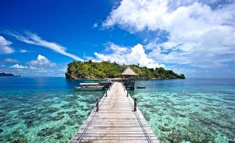 keindahan alam indonesia  menjelaskan tentang