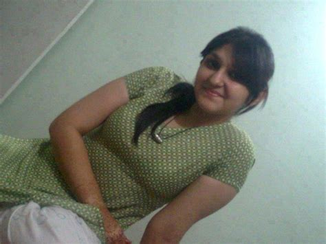 free cute indian college girls and pakistani girls and house wife biography most beautiful sexy