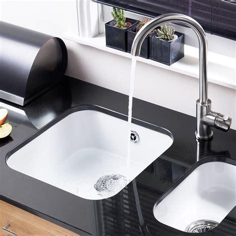 white kitchen sinks uk astracast lincoln 4040 1 0 bowl white ceramic undermount 1402