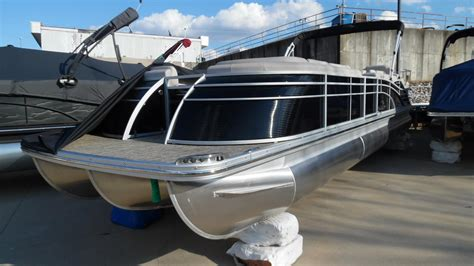 Pontoon Houseboat Prices by Pontoon Boats For Sale 4 Boats