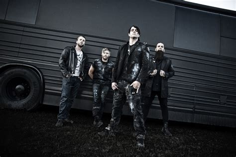 "Three Days Grace Premiere New Single ""painkiller"", First"