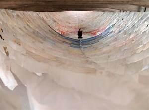 Suspended shirt installations by kaarina kaikkonen colossal for Suspended shirt installations by kaarina kaikkonen