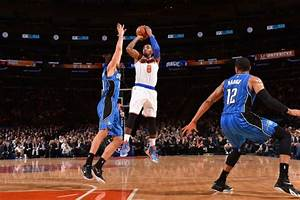 Carmelo snaps out of it but Knicks lose; J.R. misses ...