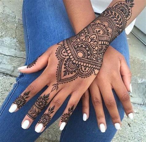 idees de tatouage dentelle impressionnant