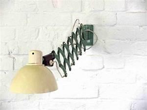 Vintage Lampen Berlin : vintage scherenlampe works berlin restauriert und verkauft original vintage industriedesign ~ Markanthonyermac.com Haus und Dekorationen