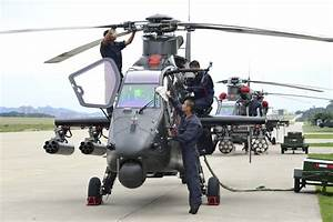 WZ-19 attack helicopters under routine checks - China Military