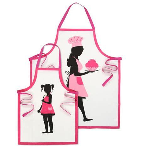 tablier cuisine fille tabliers de cuisine originaux et humoristiques 3 modèles