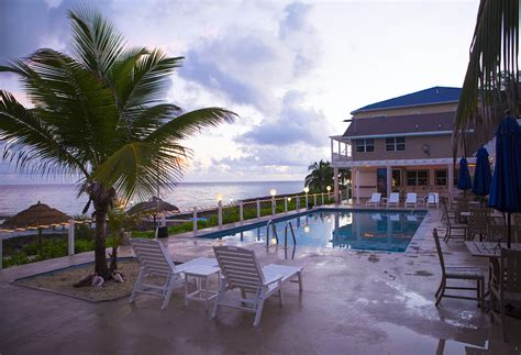 Dive Resorts Grand Cayman - grand cayman cobalt coast resort world dive adventures